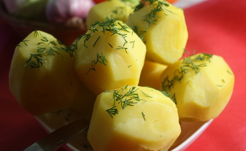 skolko-kaloriy-v-varenom-kartofele